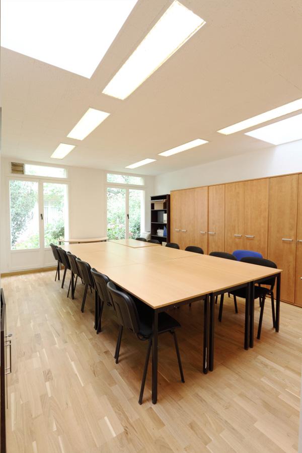 bureau 25m louer paris nation paris 12 paris 20. Black Bedroom Furniture Sets. Home Design Ideas
